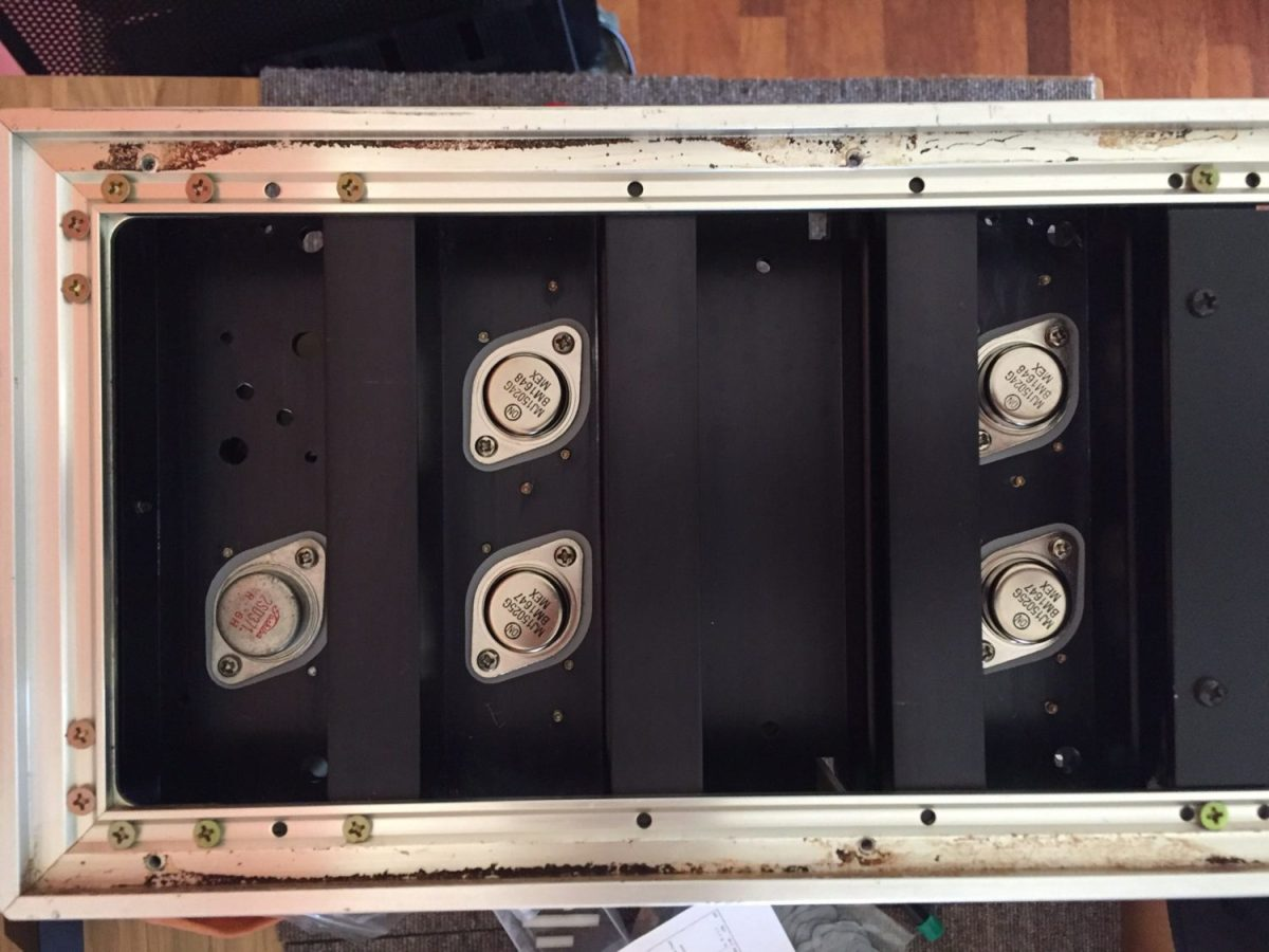 Accuphase M-60