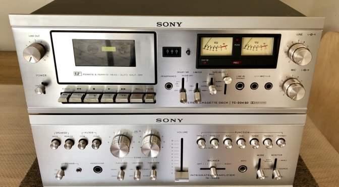 Beautiful Vintage Sony Hi-Fi System Service
