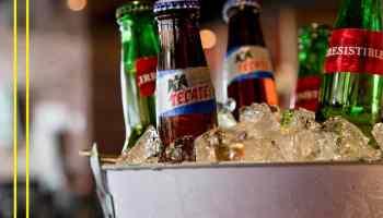 Las Alitas 2x1 En Cerveza De Botella Vaso Y Tarro De Martes A