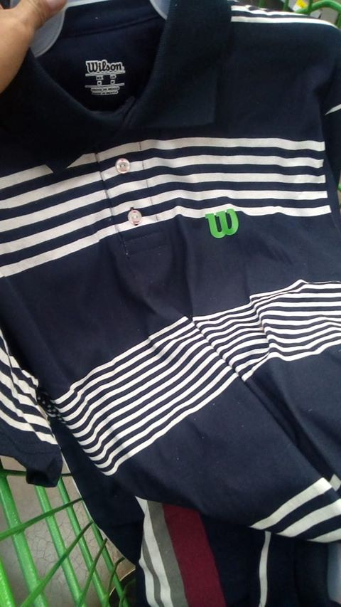 $20.01 - Bodega Aurrerá - Playera tipo polo para caballero marca Wilson / Variedad de diseños, tallas y colores con el 85% de descuento...