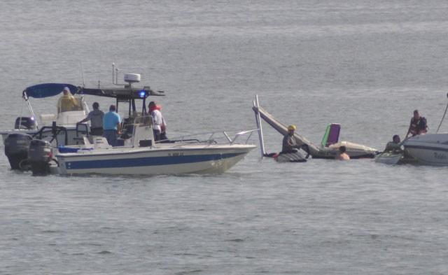seaplane crash pic 09-05-09