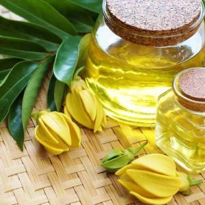 Aceite Esencial de Ylang Ylang Liquids Chemical