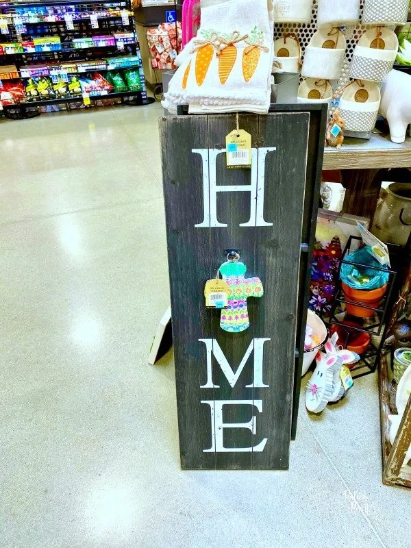Round top collection home sign