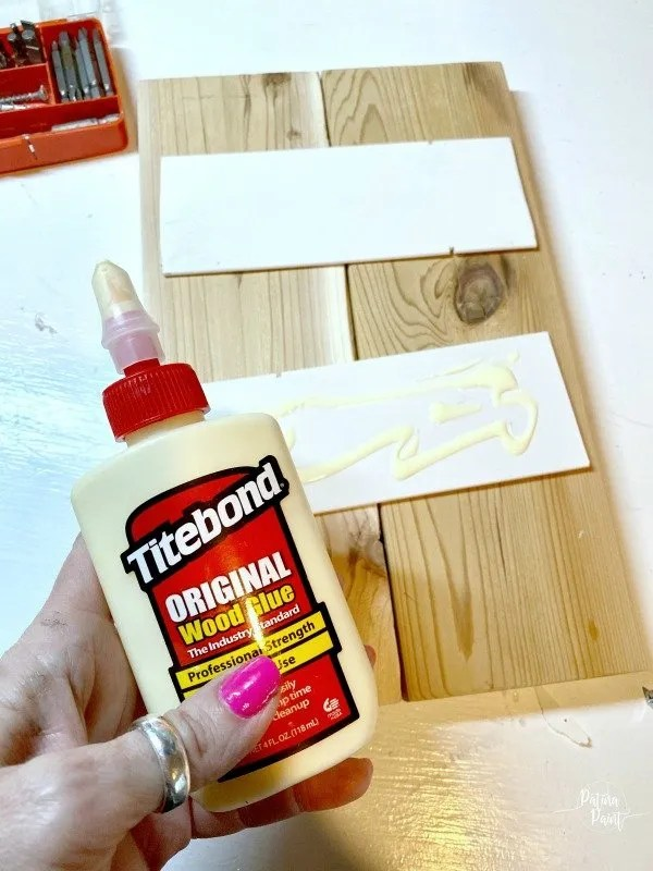 wood glue, board