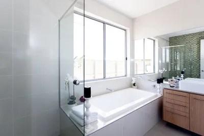 bathtub and surface refinishing tile