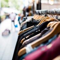 Dicas para comprar roupas na liquidação!