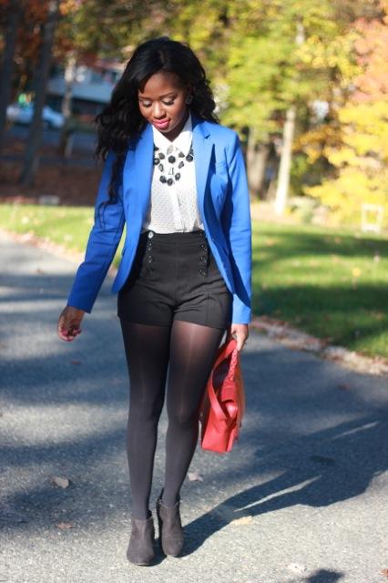 what-to-wear-blue-blazer