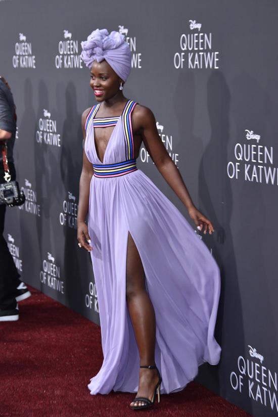 david-oyelowo-lupita-nyongo-queen-of-katwe-os-angeles-movie-premiere-red-carpet-fashion-elie-saab-kutula-africana-tom-lorenzo-site-7