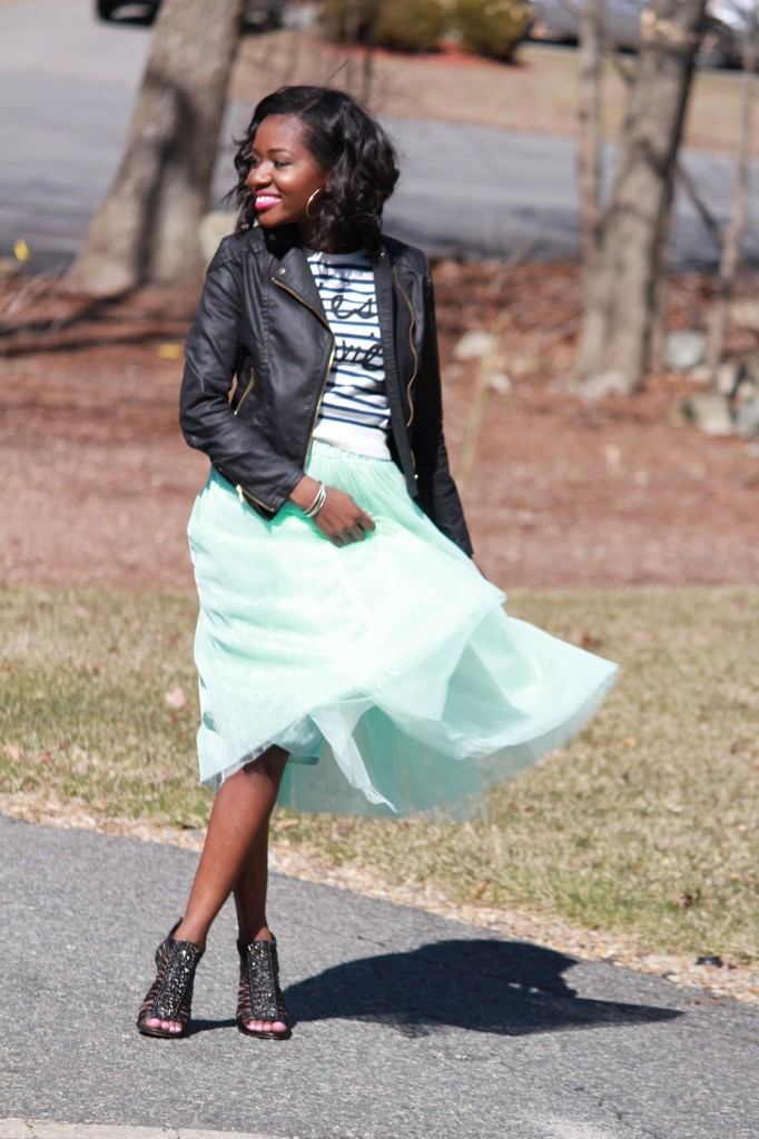 black-fashion-blogger-tulle-skirt-ootd