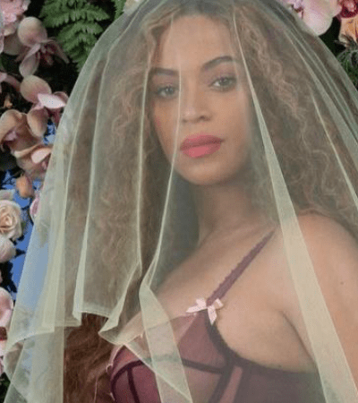 For The Hive: Beyonce Releases First Photo Of Twins [PIC INSIDE]