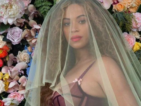 beyonce-babies-are-here-give-birth