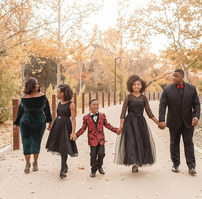 black family holiday photos for everyone