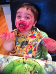Yoni eating blueberry pie