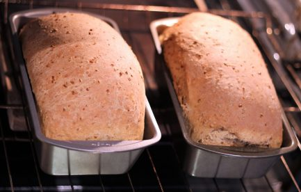 Cracked wheat onion bread7