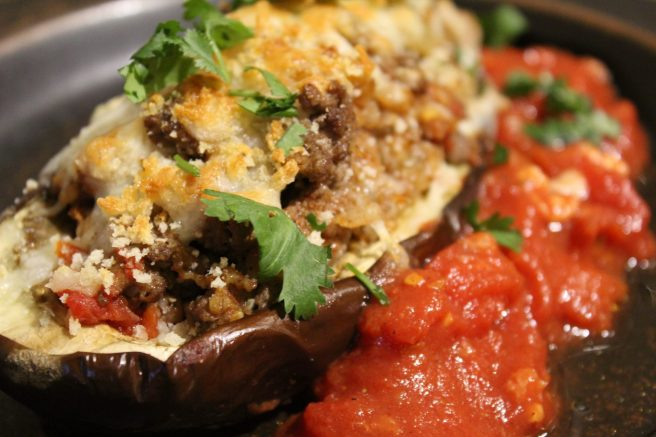 Stuffed eggplant with lamb and bulghur