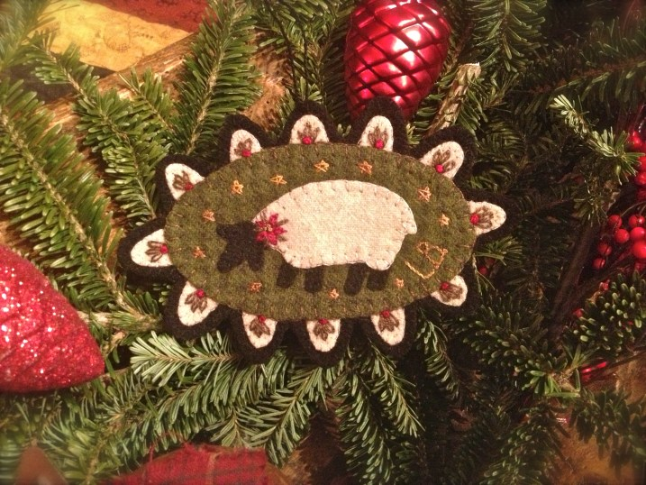 Sheep ornament from Lisa Bongean/Primitive Gatherings