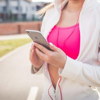 Met thuis sporten blijf jij fit tijdens de quarantaine.