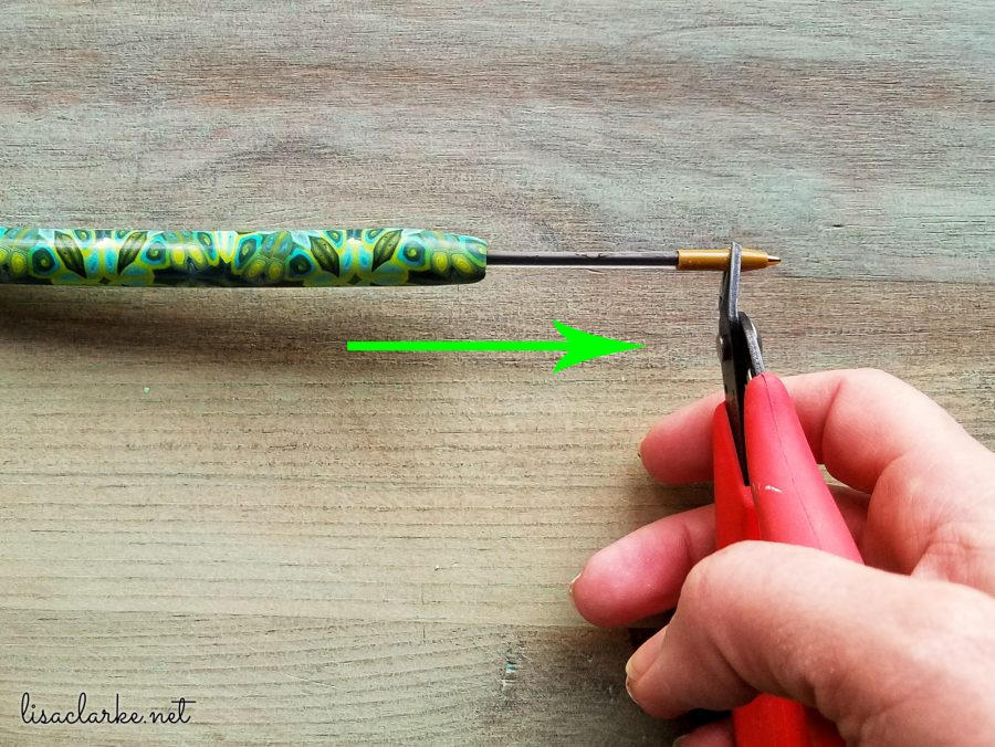 Replace the Ink in a Polymer Clay Pen: Take Out the Old Cartridge