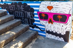 Bondi - Let The Good Times Roll