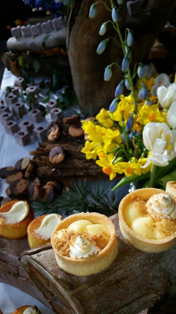 Lemon Meringue Tart Cafe Vue