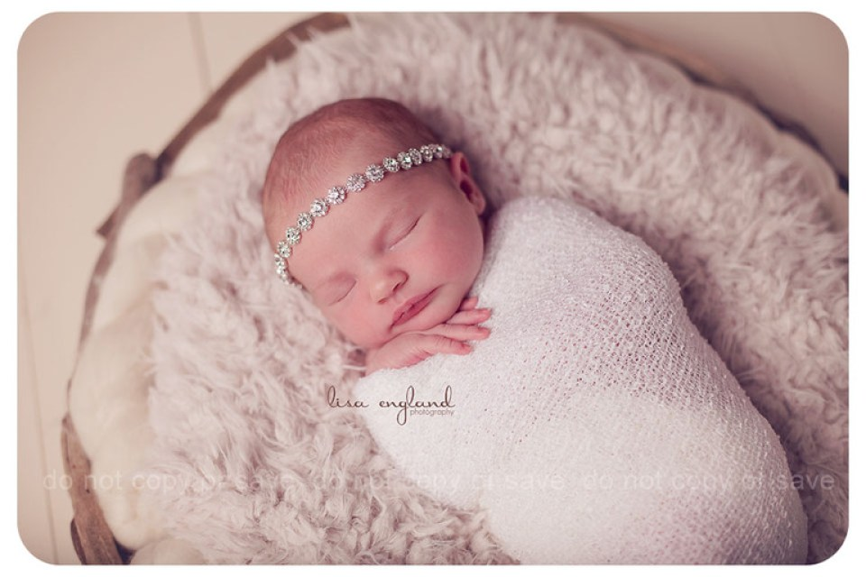 Baby Chloe C. newborn session_0158-TFB