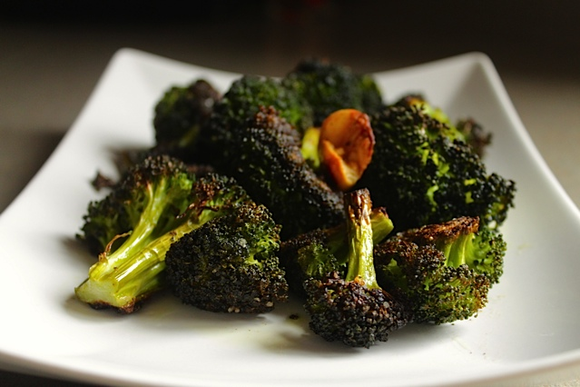 healthy roasted broccoli