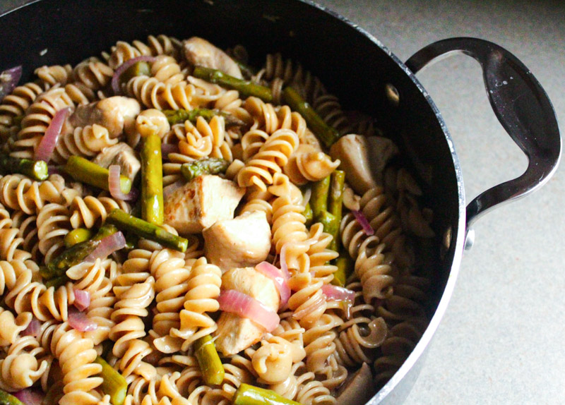 Balsamic Chicken Pasta with Asparagus