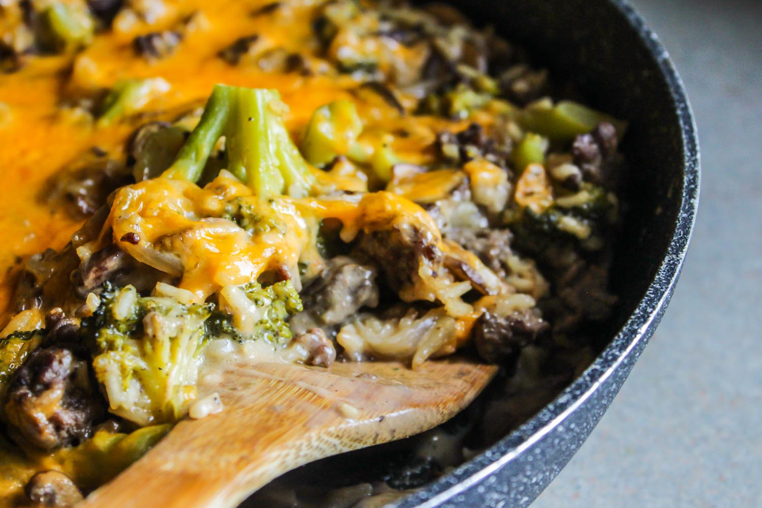 Skillet CheesyBeef and Rice Broccoli Casserole LisaGCooks.com