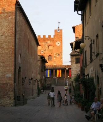 Road to Palazzo Pretorio Certaldo