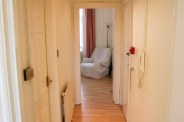 corridor_b