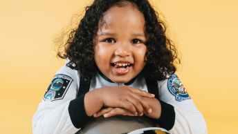 girl with space helmet