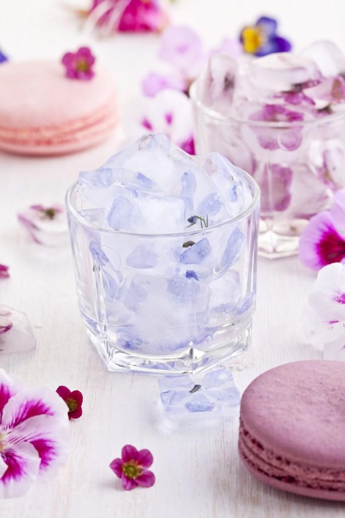 ice cube flowers