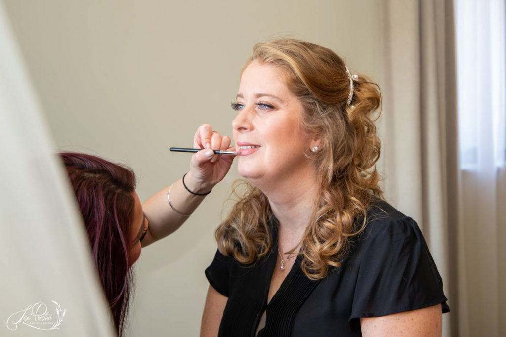 bridal makeup, finishing touches