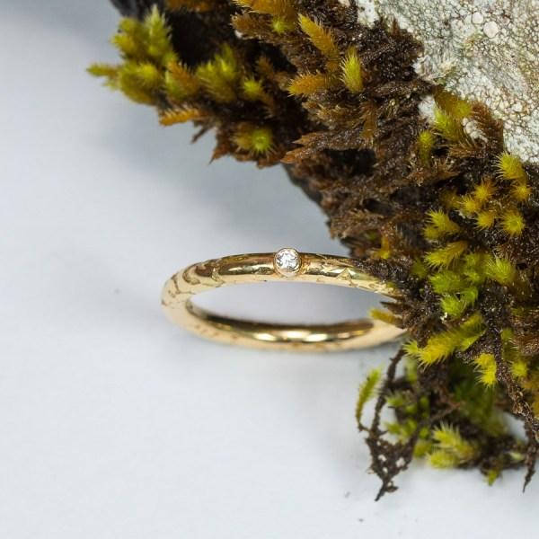 Dainty_Lichen_Engagement_Ring_Top_View_Lisa_Rothwell_Young