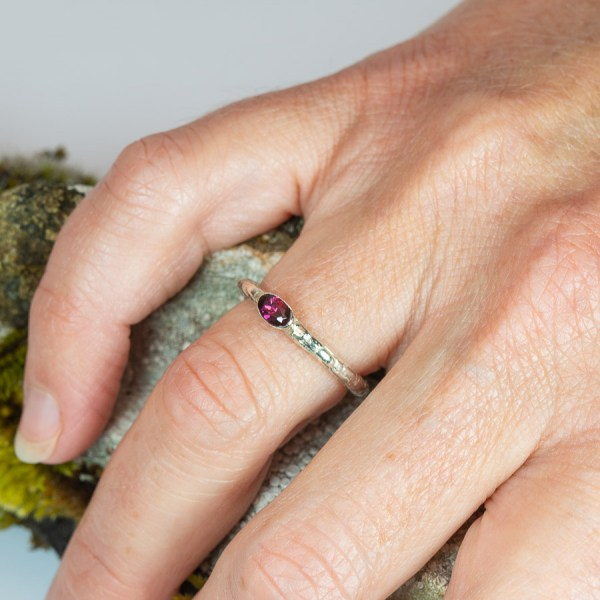 Lichen_Garnet_Ring_Hand|Lisa_Rothwell_Young