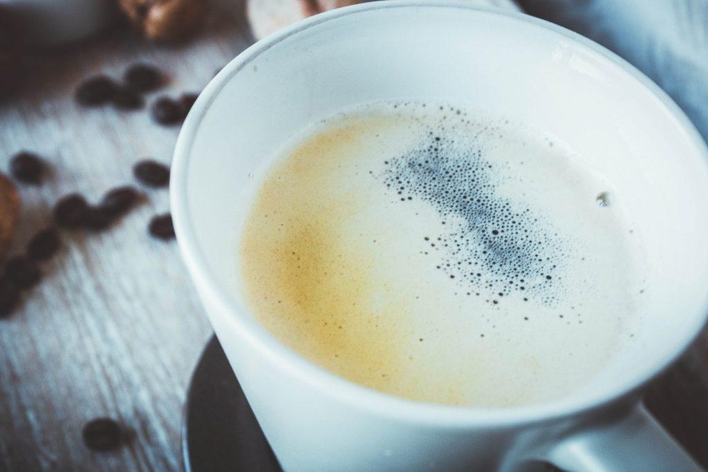 Kaffee schwarz trinken klappt mit diesen 5 Tipps ganz wunderbar. Ohne Zucker und ohne Milch.