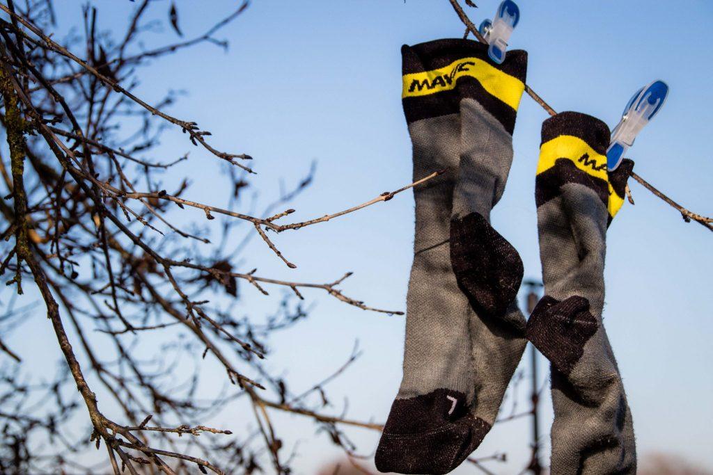 Thermosocken helfen gegen kalte Füße beim Radfahren im Winter.