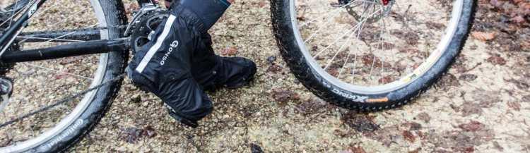 Überschuhe beim Radfahren im Winter