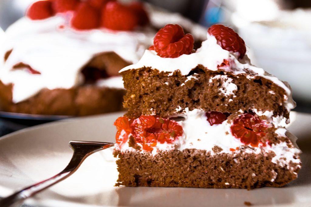 Gesunder Kuchen ohne Zucker und Mehl Proteintorte zu Ostern