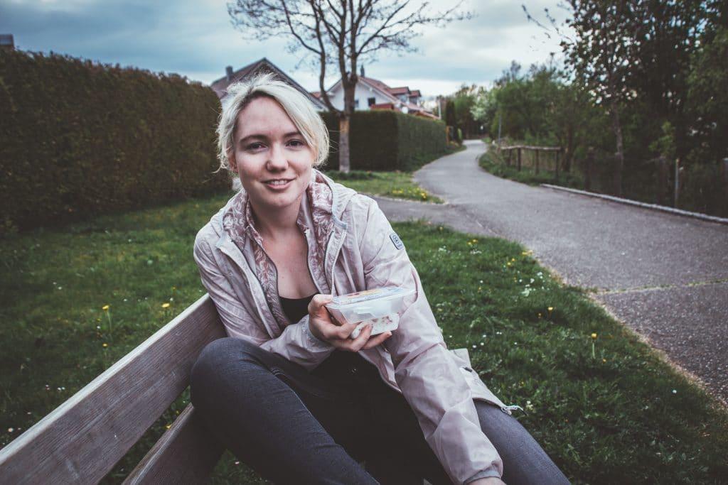 Gesund unterwegs Frühstücken mit den leckeren To Go Wolke 7 Snacks von Jütro
