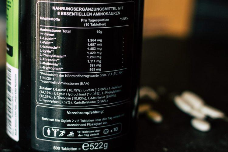 8 Essentielle Aminosäuren als Nahrungsergänzungsmittel für Ausdauersportler. Human Code Tabletten von Vitaminversand24.