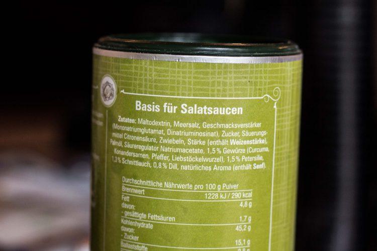 Versteckter Zucker in Salatfein von tellofix.