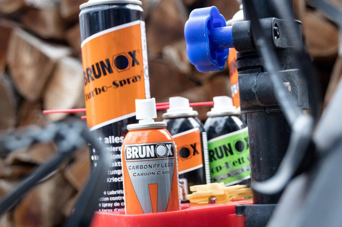 Fahrradreinigen Brunox Carbonpflege