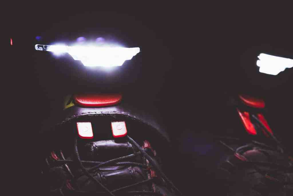 Schuhlichter Night Runner 270 von Night Tech Gear germany zum Laufen und Radfahren bei Dunkelheit.