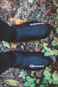 Thermo Überschuhe von Gonso beim Radfahren im Winter helfen gegen Kälte.