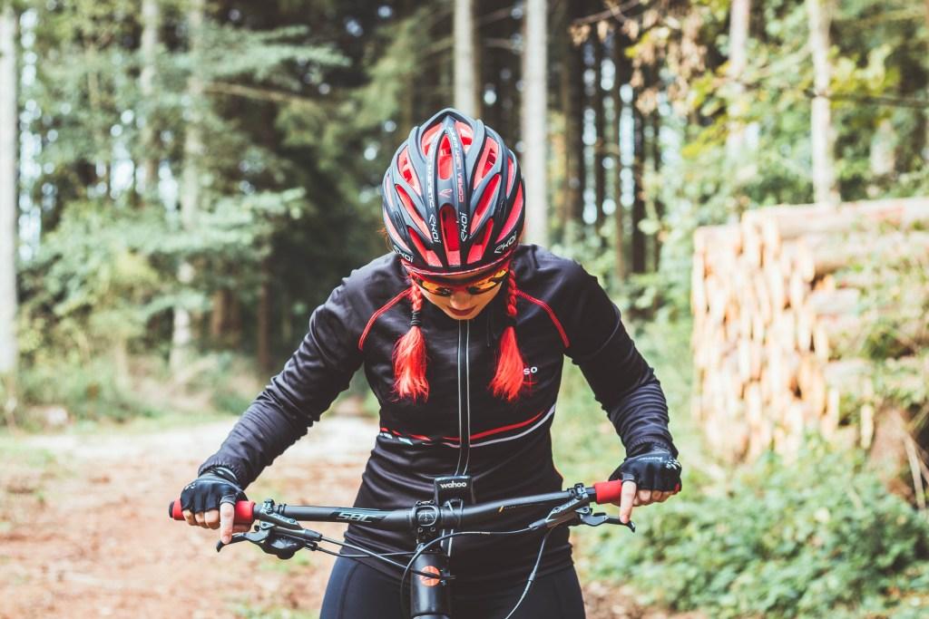 Fahrradhandschuhe als Schutz vor der Sonne und UV-Strahlung.