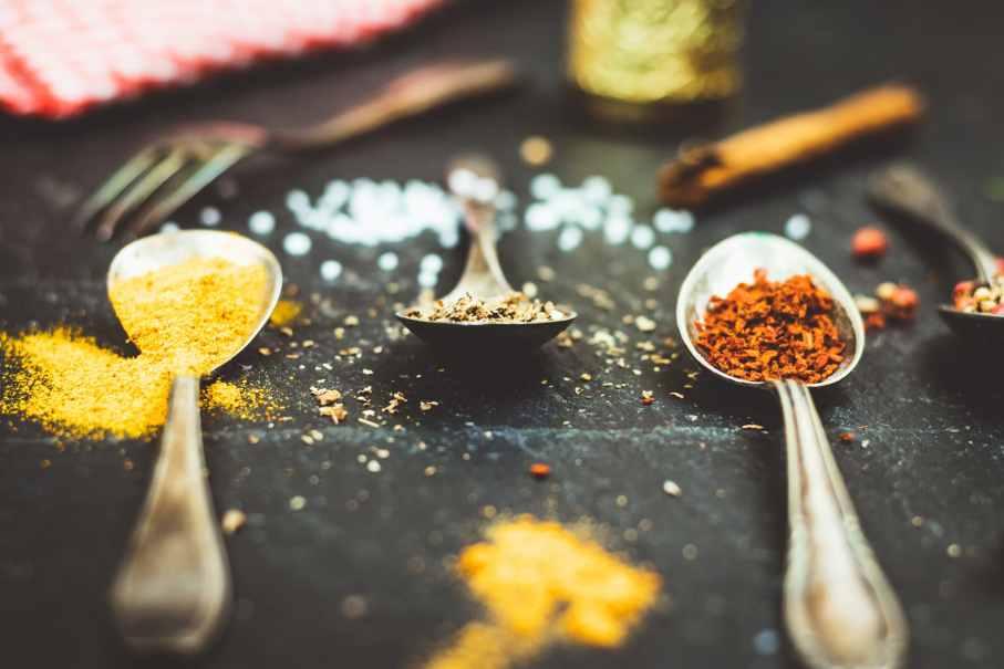 Gewürze hintergrundwissen gesund kochen würzen