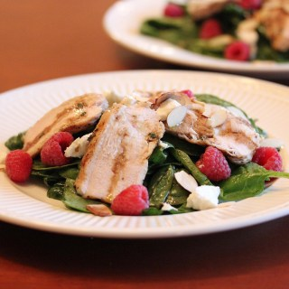 Spinach Salad with Grilled Chicken, Raspberries, Goat Cheese and Almonds