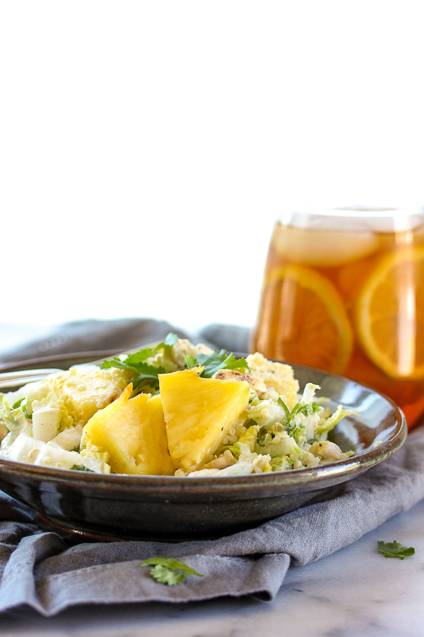 Grilled pineapple, chicken and quinoa salad is a a healthy, summery salad loaded with protein and lots of sweet and savory flavor, as well as a deliciously creamy yogurt dressing.   lisasdinnertimedish.com