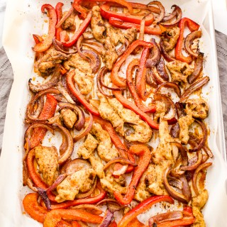 Sheet Pan Chicken Fajita Bowls